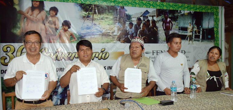 Madre de Dios: candidatos firman acta de compromiso con pueblos indígenas