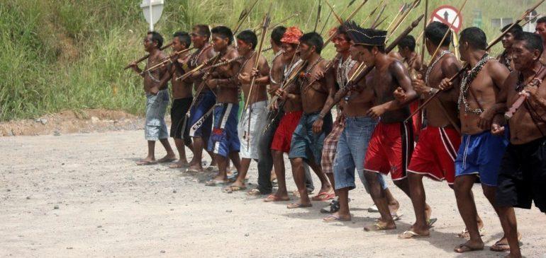 Acción urgente por la vida de los pueblos indígenas brasileños