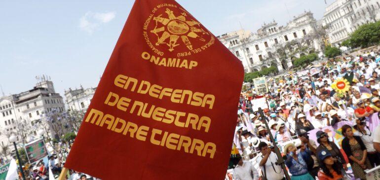 Gobiernos priorizan el crecimiento económico vulnerando nuestros derechos