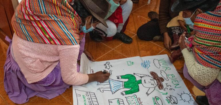 Mujeres quechuas de Huancavelica dialogan sobre sus derechos y la implementación de los ODS
